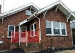 Foreclosed Home in Rockford 61103 AUBURN ST - Property ID: 4116150738