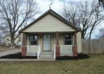 Foreclosed Home in Kansas City 66106 S 36TH ST - Property ID: 4116228245