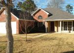 Foreclosed Home in Shreveport 71129 BERKELEY DR - Property ID: 4116252335