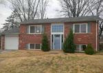 Foreclosed Home in Maryland Heights 63043 BERNIE CIR - Property ID: 4116625945