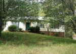 Foreclosed Home in Charlotte 28215 COTTAGE COVE LN - Property ID: 4116632951