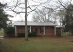 Foreclosed Home in Anniston 36206 TARA LN - Property ID: 4116963618