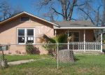 Foreclosed Home in San Antonio 78211 BRIGGS ST - Property ID: 4117222454