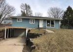 Foreclosed Home in Cedar Rapids 52402 DANIELS ST NE - Property ID: 4117224649