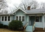 Foreclosed Home in Rockford 61102 MONTAGUE RD - Property ID: 4117306545