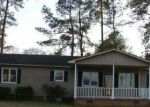 Foreclosed Home in Bladenboro 28320 GRACE ST - Property ID: 4117307420