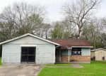 Foreclosed Home in Reserve 70084 CHAD B BAKER ST - Property ID: 4117447125