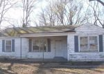 Foreclosed Home in Memphis 38127 S SUTTON DR - Property ID: 4118222791