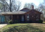 Foreclosed Home in Memphis 38109 W NORWOOD AVE - Property ID: 4118224540