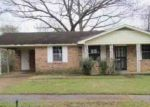 Foreclosed Home in Memphis 38127 CASSIE AVE - Property ID: 4118227609