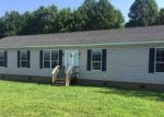 Foreclosed Home in Duck River 38454 DEERVIEW DR - Property ID: 4118246888