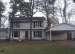 Foreclosed Home in Kilgore 75662 EMMONS ST - Property ID: 4118252575