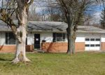 Foreclosed Home in Fort Wayne 46806 E FAIRFAX AVE - Property ID: 4118902975