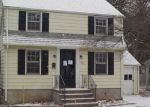 Foreclosed Home in Waterbury 06708 FERN CIR - Property ID: 4118957712