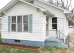 Foreclosed Home in Godfrey 62035 GLADYS AVE - Property ID: 4119333490