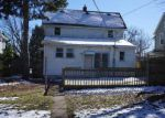 Foreclosed Home in Davenport 52804 W 14TH ST - Property ID: 4119359324