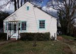 Foreclosed Home in Norfolk 23505 YORKTOWN DR - Property ID: 4120204175