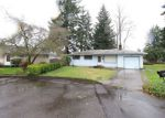 Foreclosed Home in Gladstone 97027 RIVERDALE DR - Property ID: 4120919844