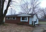 Foreclosed Home in Lansing 48911 KENDALWOOD DR - Property ID: 4121120427