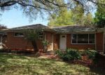 Foreclosed Home in Metairie 70003 GREEN ACRES RD - Property ID: 4121159404