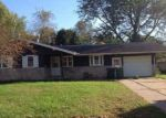 Foreclosed Home in Clinton 52732 8TH AVE N - Property ID: 4121641167