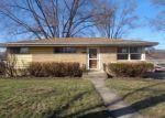 Foreclosed Home in Addison 60101 E HILTON AVE - Property ID: 4121645104