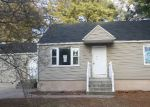 Foreclosed Home in Methuen 1844 COLLEGE LN - Property ID: 4121747603