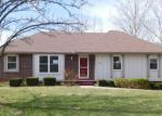 Foreclosed Home in Kansas City 64152 NW WALNUT CREEK CIR - Property ID: 4121808480
