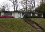 Foreclosed Home in Vicksburg 39180 GREY OAKS DR - Property ID: 4121831246