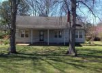 Foreclosed Home in Tunica 38676 CUMMINS AVE - Property ID: 4121837834