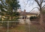 Foreclosed Home in Riverhead 11901 LONGNECK BLVD - Property ID: 4121902204