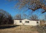 Foreclosed Home in Lindsay 73052 STATE HIGHWAY 76 - Property ID: 4121928484