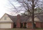 Foreclosed Home in Memphis 38135 DOVEFIELD LN - Property ID: 4121994626