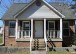 Foreclosed Home in Clarksville 37040 BOSCOBEL CT - Property ID: 4122003371