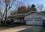 Foreclosed Home in Barberton 44203 FAIR OAKS DR - Property ID: 4122281493