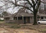 Foreclosed Home in Memphis 38116 E HOLMES RD - Property ID: 4122298123