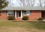 Foreclosed Home in Sumter 29153 HOLIDAY DR - Property ID: 4123078157