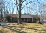 Foreclosed Home in Lynchburg 24502 COLLEGE PARK DR - Property ID: 4123688257