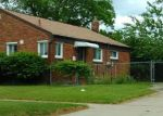 Foreclosed Home in Livonia 48150 KAREN ST - Property ID: 4123927401