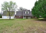 Foreclosed Home in Muldrow 74948 S 4750 RD - Property ID: 4123933980
