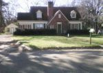 Foreclosed Home in Greenville 38701 MCALLISTER ST - Property ID: 4124121869