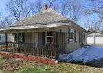 Foreclosed Home in Danville 61832 S 1ST ST - Property ID: 4124614131