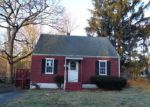 Foreclosed Home in Bristol 06010 TOPVIEW TER - Property ID: 4125154158