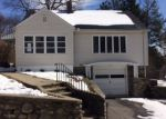 Foreclosed Home in Waterbury 06705 ELLSMERE AVE - Property ID: 4125625422