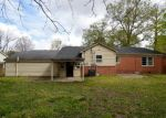 Foreclosed Home in Clarksdale 38614 LYNN AVE - Property ID: 4125976234