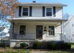 Foreclosed Home in Dayton 45403 W CIRCLE DR - Property ID: 4126099308