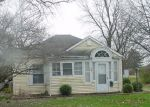 Foreclosed Home in Decatur 62521 E MAIN ST - Property ID: 4126344131