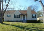 Foreclosed Home in Chattanooga 37412 SHARONDALE RD - Property ID: 4126789558