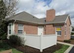 Foreclosed Home in Indianapolis 46214 CHAPEL VILLAS LN - Property ID: 4127386971