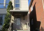 Foreclosed Home in Chicago 60609 W 42ND PL - Property ID: 4127478493